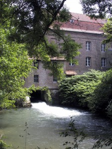 httpsupload.wikimedia.orgwikipediacommonscc1Frevent01.jpg